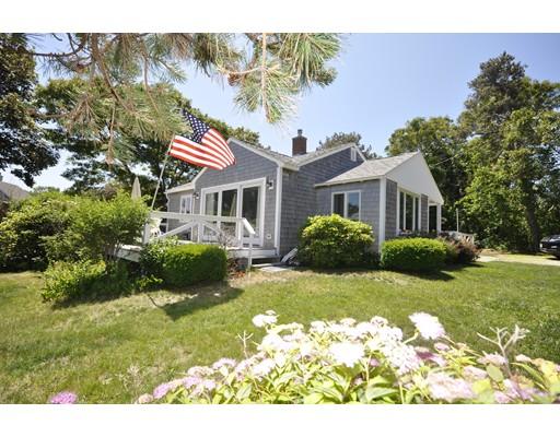 Casa Unifamiliar por un Alquiler en 208 Standish Rd #WEEKLY 208 Standish Rd #WEEKLY Bourne, Massachusetts 02562 Estados Unidos