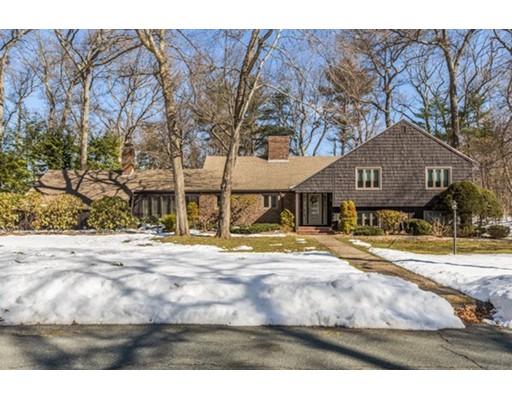 Additional photo for property listing at 21 Huntingdon Road 21 Huntingdon Road Lynnfield, Massachusetts 01940 United States