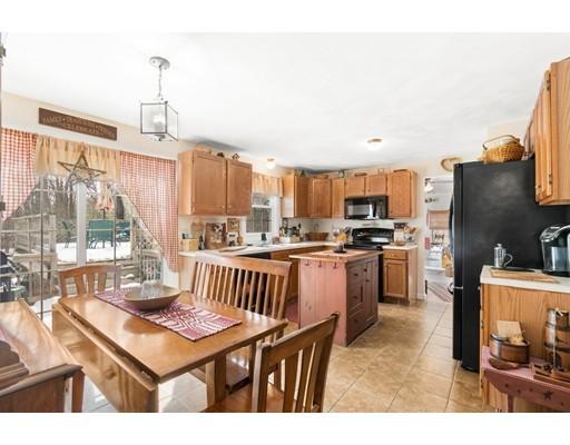 37 Colonial Rd, Douglas, MA, 01516