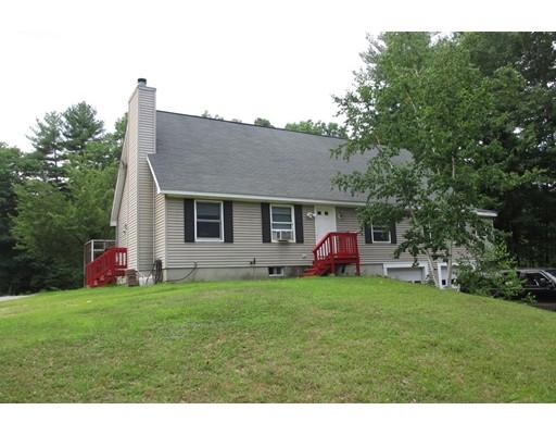 独户住宅 为 销售 在 11 1St Street 11 1St Street Sandown, 新罕布什尔州 03873 美国