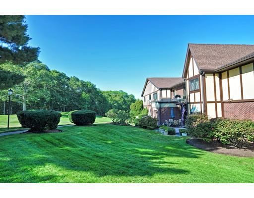 Condominio por un Venta en 8 Rainbow Pond Drive 8 Rainbow Pond Drive Walpole, Massachusetts 02081 Estados Unidos