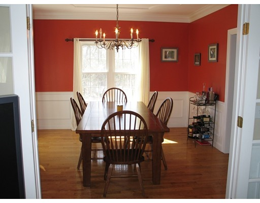 670 Hickory Rd, North Attleboro, MA, 02760