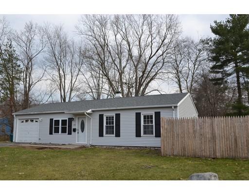 Casa Unifamiliar por un Venta en 105 Burton Avenue 105 Burton Avenue Whitman, Massachusetts 02382 Estados Unidos