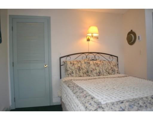 Casa Unifamiliar por un Venta en 35 Clover Road 35 Clover Road Holbrook, Massachusetts 02343 Estados Unidos