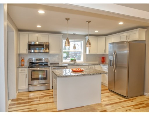 واحد منزل الأسرة للـ Sale في 67 Streiber Drive 67 Streiber Drive Chicopee, Massachusetts 01020 United States