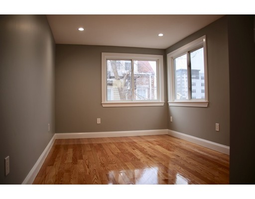 Picture 12 of 61 Webster St Unit 2 Boston Ma 1 Bedroom Condo