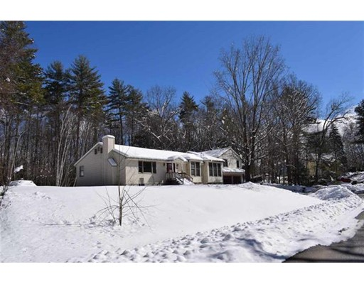 17 Whites Lane, Hampstead, NH, 03841