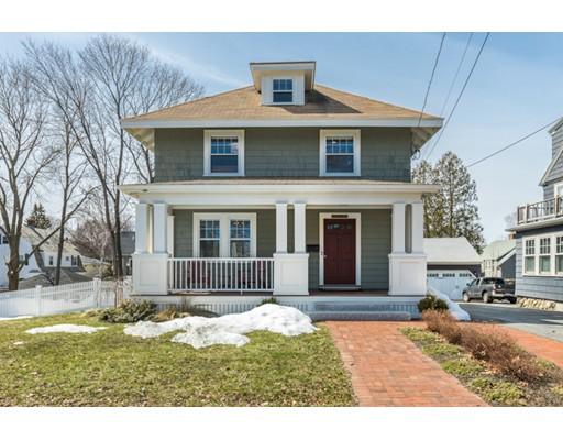 Maison unifamiliale pour l Vente à 64 Lincoln Street 64 Lincoln Street Melrose, Massachusetts 02176 États-Unis