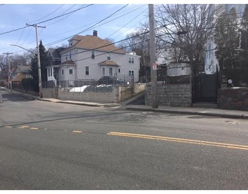 18  Crestway Rd,  Boston, MA