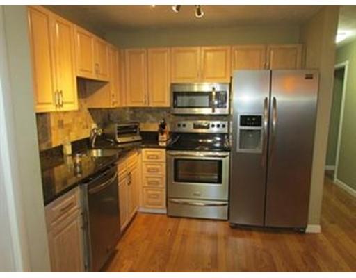 Casa Unifamiliar por un Alquiler en 30 Chapman 30 Chapman Weymouth, Massachusetts 02189 Estados Unidos