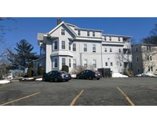 独户住宅 为 出租 在 234 West Elm Street 234 West Elm Street 布罗克顿, 马萨诸塞州 02301 美国