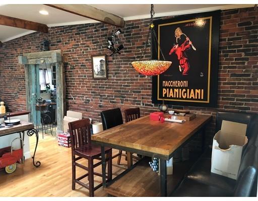 واحد منزل الأسرة للـ Rent في 28 Pembroke Street 28 Pembroke Street Chelsea, Massachusetts 02150 United States