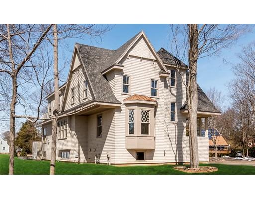 独户住宅 为 销售 在 41 East Corning Street 41 East Corning Street 贝弗利, 马萨诸塞州 01915 美国