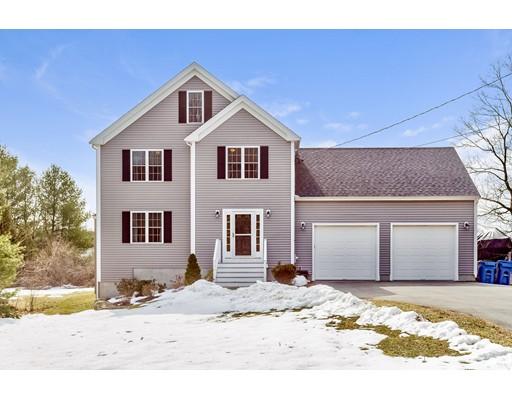 Casa Unifamiliar por un Venta en 141 Phillips Street 141 Phillips Street Hanson, Massachusetts 02341 Estados Unidos