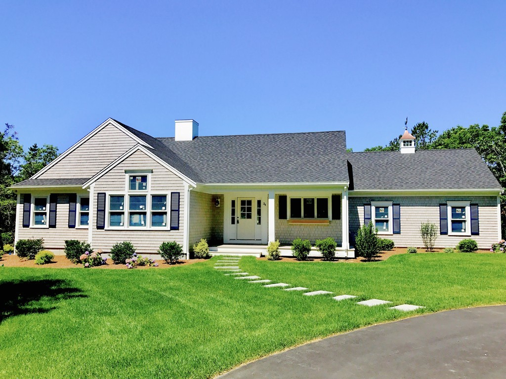 34 Cranberry Run Rd, Falmouth, Massachusetts