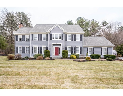 Casa Unifamiliar por un Venta en 5 Pineau Avenue 5 Pineau Avenue Groveland, Massachusetts 01834 Estados Unidos
