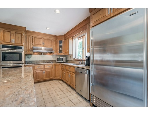 81 Mount Joy Dr, Tewksbury, MA, 01876