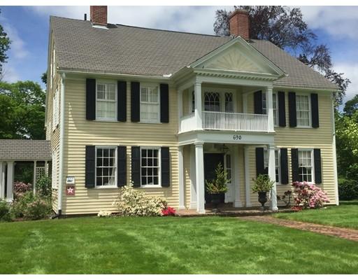 Casa Unifamiliar por un Venta en 690 Longmeadow Street 690 Longmeadow Street Longmeadow, Massachusetts 01106 Estados Unidos
