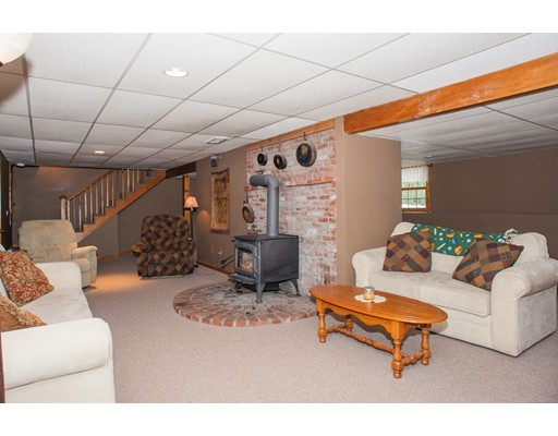 347 Marshall St, Paxton, MA, 01612