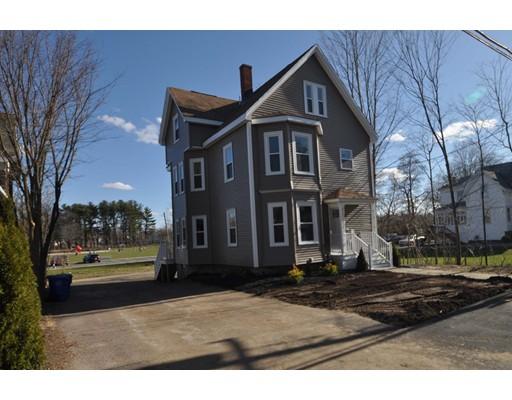 Casa Multifamiliar por un Venta en 176 Reed Street 176 Reed Street Rockland, Massachusetts 02370 Estados Unidos