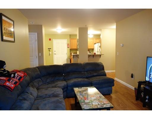 75 Walnut St 203, Peabody, MA, 01960