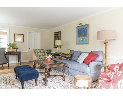 5 Woodridge Rd, Wellesley, MA, 02482