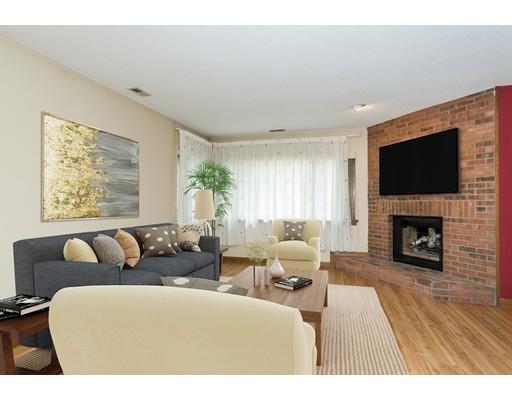 共管式独立产权公寓 为 销售 在 181 W. Bass Lane 181 W. Bass Lane Suffield, 康涅狄格州 06078 美国