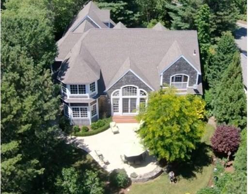 Частный односемейный дом для того Продажа на 7 Pine Cobble 7 Pine Cobble Plymouth, Массачусетс 02360 Соединенные Штаты