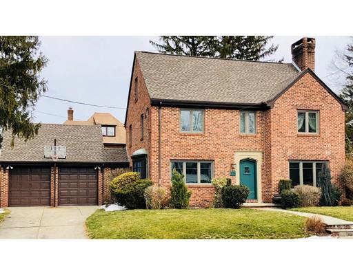 独户住宅 为 销售 在 15 Nottingham Way 15 Nottingham Way Pawtucket, 罗得岛 02860 美国