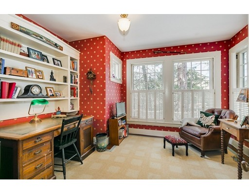 352 Sudbury Rd 352, Concord, MA, 01742