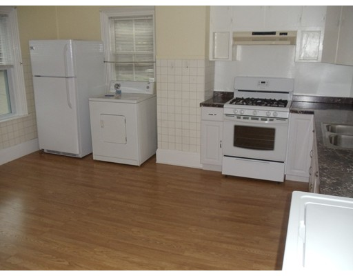 Picture 3 of 159 Common St  Quincy Ma 4 Bedroom Multi-family