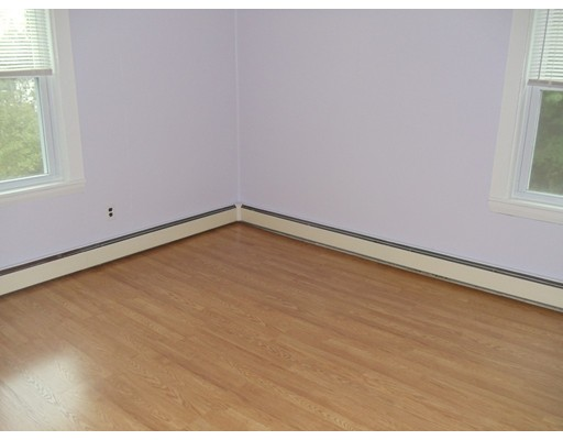 Picture 6 of 159 Common St  Quincy Ma 4 Bedroom Multi-family