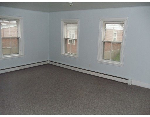 Picture 8 of 159 Common St  Quincy Ma 4 Bedroom Multi-family