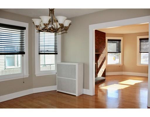واحد منزل الأسرة للـ Rent في 107 Winthrop 107 Winthrop Winthrop, Massachusetts 02152 United States