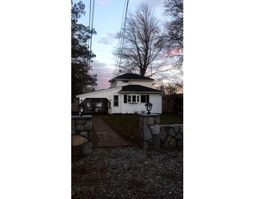 Casa Unifamiliar por un Alquiler en 104 Lake Avenue 104 Lake Avenue Framingham, Massachusetts 01702 Estados Unidos