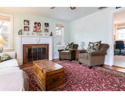 44 Roosevelt Ave, North Attleboro, MA, 02760