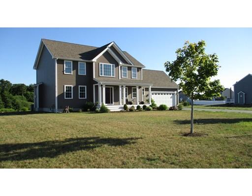 واحد منزل الأسرة للـ Sale في 17 Nick Drive 17 Nick Drive Freetown, Massachusetts 02717 United States