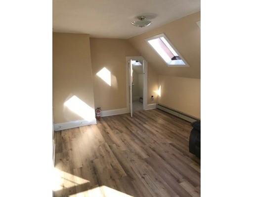واحد منزل الأسرة للـ Rent في 27 Pearl Street 27 Pearl Street East Bridgewater, Massachusetts 02333 United States