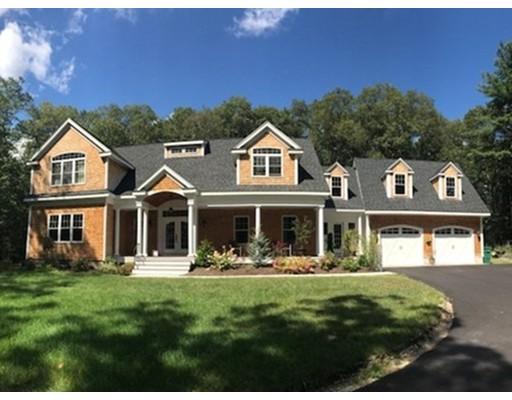 Частный односемейный дом для того Продажа на 32 Philip Street 32 Philip Street Medfield, Массачусетс 02052 Соединенные Штаты