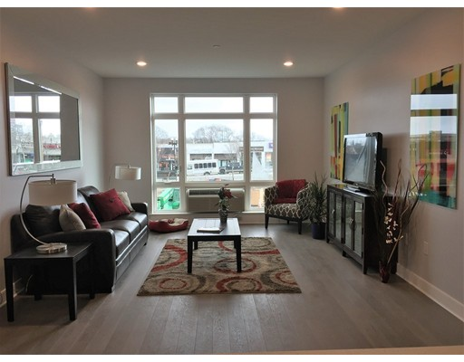 18 Cliveden Street 405W, Quincy, MA, 02169