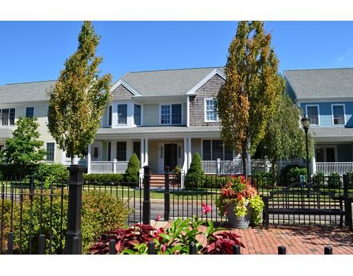 واحد منزل الأسرة للـ Sale في 10 Preston Square 10 Preston Square Quincy, Massachusetts 02171 United States