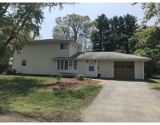Casa Unifamiliar por un Alquiler en 88 Hastings 88 Hastings Framingham, Massachusetts 01701 Estados Unidos