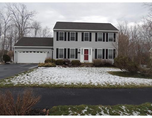 Casa Unifamiliar por un Venta en 12 Ash Lane 12 Ash Lane Dudley, Massachusetts 01571 Estados Unidos