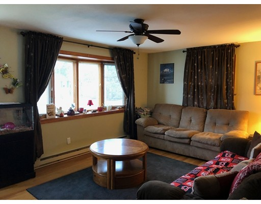 14 Perry St, Chicopee, MA, 01013