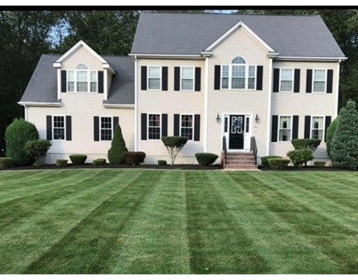 Single Family Home for Sale at 83 Highridge Road 83 Highridge Road Bellingham, Massachusetts 02019 United States