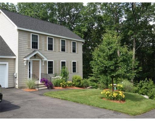 Single Family Home for Sale at 31 Brendan 31 Brendan Clinton, Massachusetts 01510 United States