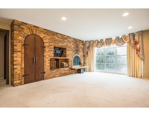 66 Old Common Rd, Auburn, MA, 01501