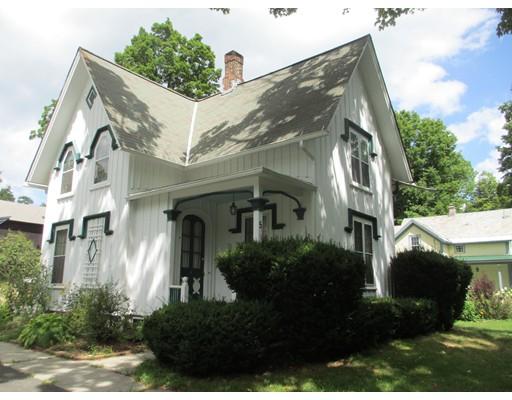 Casa Unifamiliar por un Venta en 5 Kingsley Avenue 5 Kingsley Avenue Williamsburg, Massachusetts 01039 Estados Unidos