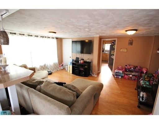 49 Crest Rd, North Smithfield, RI, 02896
