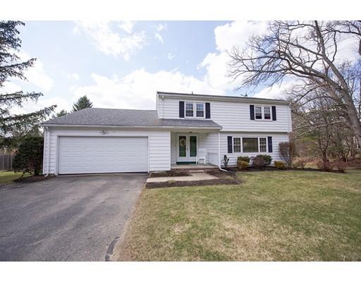 Casa Unifamiliar por un Venta en 8 Hilltop Road 8 Hilltop Road Plaistow, Nueva Hampshire 03865 Estados Unidos